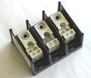 66673 Ferraz Shawmut Power Distribution Block